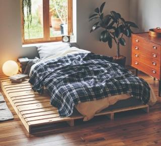 パレット風ベッド